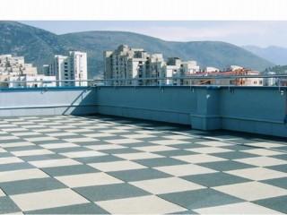 Rovné střechy,  terasy a balkóny